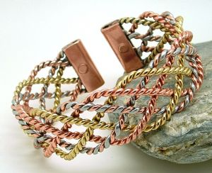 M47: Three Colour Magnetic Wide Lace Bracelet